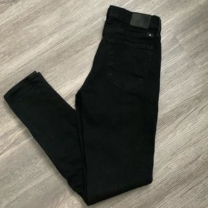 Lucky Brend black jeans size 4/27